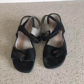 Sorte Rohde sandaler str 5 = 38,  brugt men i ok stand 😊  6700 Esbjerg 😊