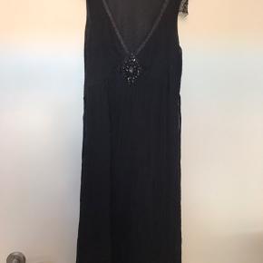 Mærke Belair str.s fin lille kjole -BYD