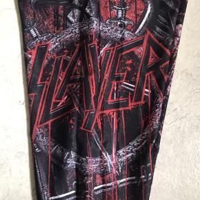 Slayer leggings. Købt for store..byttes evt til mindre.
