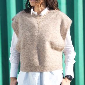 Just Female vest