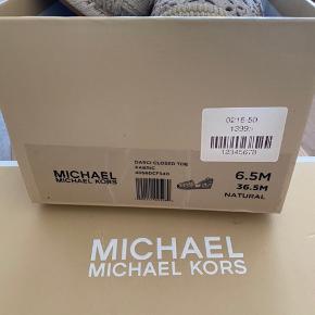 Michael Kors sommersko str 36 (36.5M), ny pris 1399 kr