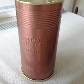 Classicue eau de parfume 50 ml . Ikke brugt