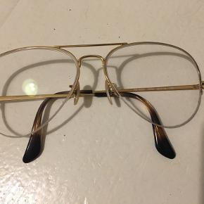 Ray-Ban accessory