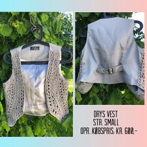 Drys Vest