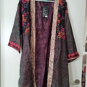 WAUW Design kjole