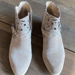 Alma en Pena støvler