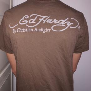 Christian Audigier t-shirt.  Np: 2500 kr  BYD