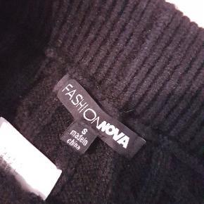 Fashion Nova legging