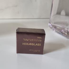 Hourglass Beauty