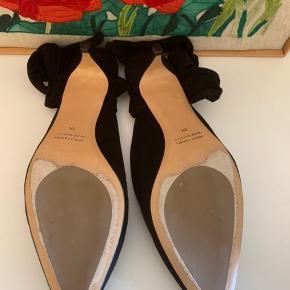 Smukke flats med hæl på ca 1 cm ❤️ ville være så smukke til et efterårsoutfit 😍