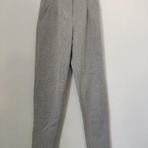 Fine bukser fra mærket YAS 🌸
