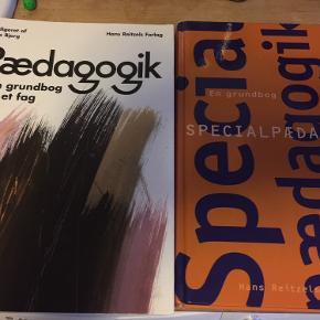 To bøger om pædagogik og specialpædagogik. Begge i fin stand fra røgfrit hjem.  200 kr pr stk.