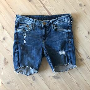Lækre shorts fra H&M!Passer en str. S ☀️