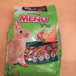 3 kg uåbnet foder til kanin