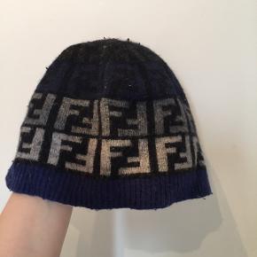 Fendi hat & hue