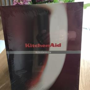 Ny KitchenAid kogebog Nypris; 299,95 kr