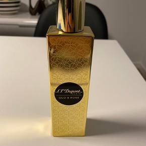 Sælges/Byttes: S.T. Dupont Oud&Rose edp 100 ml. Kun testet. Er man til oud og rose duft så er denne her en ægte 10'er. Den dufter fantastisk naturligt og så holder den hele dagen.