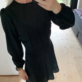 Raiine kjole