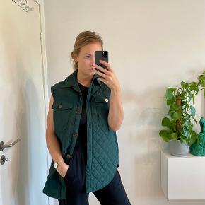 Freequent Vest