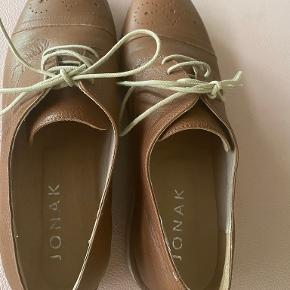 Jonak sko & støvler