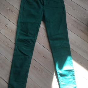 Flotte grønne bukser str. 30 fra Benetton slim fit