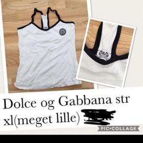 Dolce og Gabbana toppe, 45 kr stykket Sender med dao for 38 kr😊
