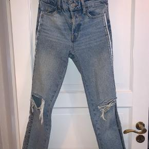 Ripped jeans fra Zara  Np omkring 500 kr.