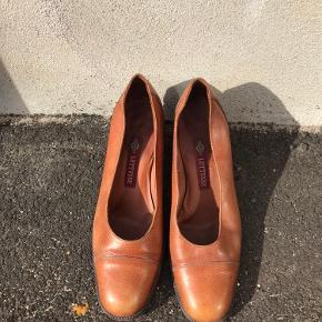 Fine vintage heels fra Lottusse i ægte læder ingen skader