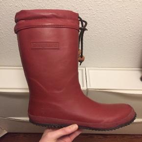 Vinterstøvler, str. 35, Bisgaard, unisexVarme og gode kvalitets termostøvler med foer. Brugt få gange.