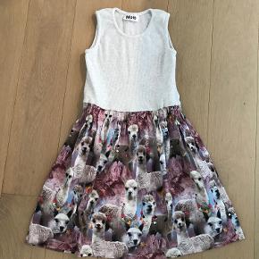Sød kjole med lama print