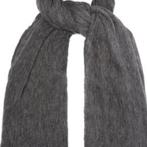 Fineste Zephyr tørklæde i cashmere. Prisen er fast da det ikke kan gøres billigere☺️