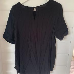 H&M t-shirt