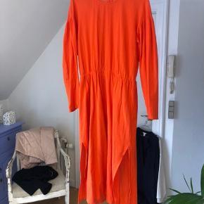 Skøn luftig kjole fra Monki