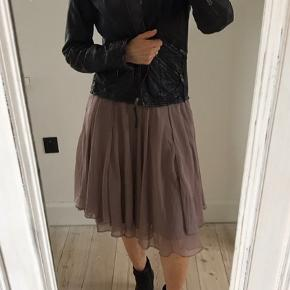 Stills nederdel
