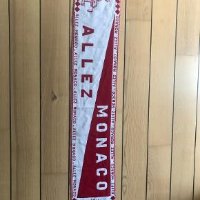 Club Monaco anden accessory