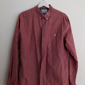 Rigtigt fiz skjorte. kan desværre ikke passe  Skriv her eller på 23985490 hvis du vil have flere billeder