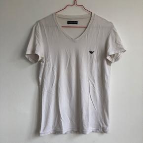 Undertøjs t-shirt fra Armani Brugt, sælges billigt