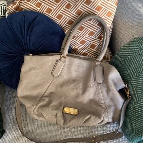 Taske købt på Vestiaire. Kvittering haves ikke.