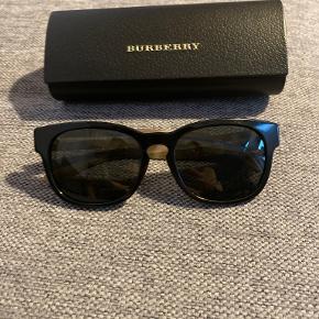 Burberry solbriller