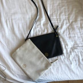 Sælger denne taske fra Malene Birger. Man kan tage den hvide del af og bruge den seperat. Det hvide læder har lidt brugsspor, og så er den gået i stykker ved skoen (vist på billedet), kan nok godt fixes. Men deraf den lave pris. Ellers fungerer den helt fint :))  Kan sendes eller afhentes på Frederiksberg  #30dayssellout
