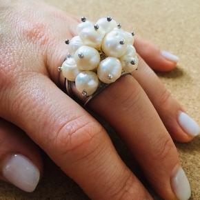 Sølv 925. 19 smukke perler.