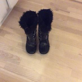 Super lækre vinterstøvler fra Sorel. Kun brugt få gange. BYD