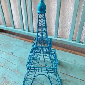 Eiffeltårnet 33 cm h - fast pris -køb 4 annoncer og den billigste er gratis - kan afhentes på Mimersgade. 2200 - sender gerne hvis du betaler Porto - mødes ikke andre steder - bytter ikke