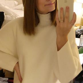 Lækker sweater/strik fra zara  Brugt 2 gange