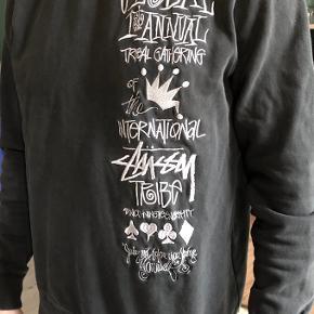 Stussy sweater