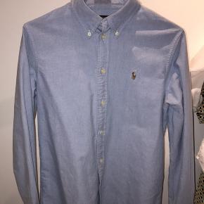 Fin skjorte fra Ralph Lauren 🌼  Skjorten er Custom Fit 🤍