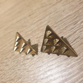 Fede collar tips med Spikes/nitter.  Giv et bud