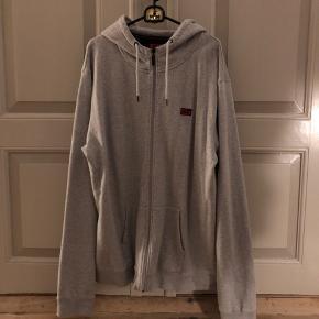 Alis zip hoodie i XXL, brugt få gange, er som ny!