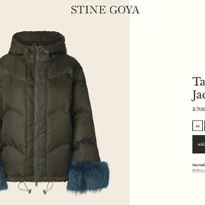 618cdd9908f Varetype: jakke Farve: Ivy green Oprindelig købspris: 3700 kr. Prisen  angivet er
