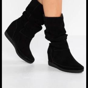 Shoe the bear støvler, modellen Slouchy Støvlerne er i nubuck, superfine, kun haft dem på 1 gang.